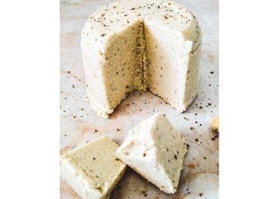 Cajú partido orgánico, un básico para quesos veganos.